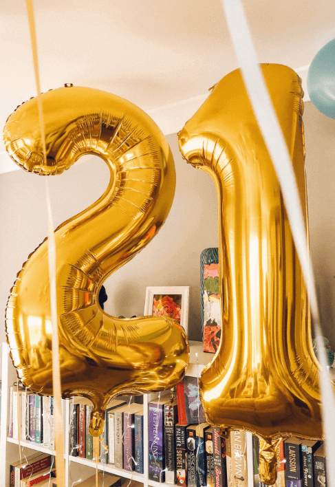 Giant 21 Balloons